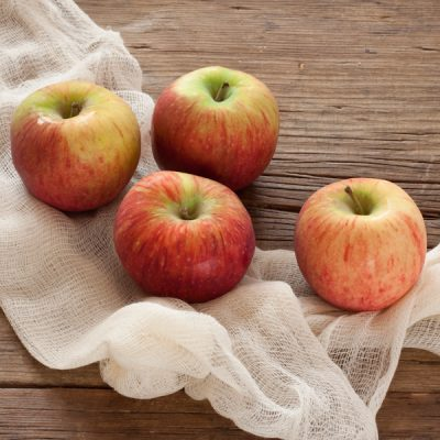 Heirloom apples