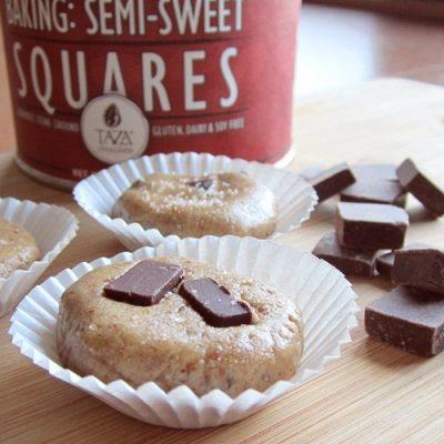 Salted Chocolate Chunk No-Bake Cookies from @GoDairyFree