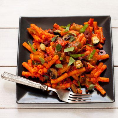 Grain-free pasta salad with roasted vegetables