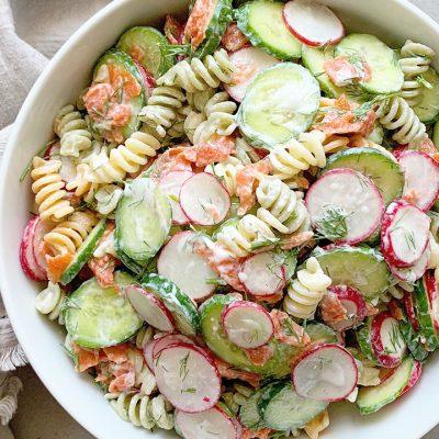 Salade de pâtes au saumon fumé & à l'aneth
