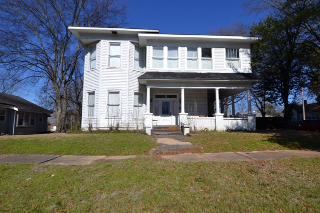 300  Second St W, TUSCUMBIA, 35674, AL