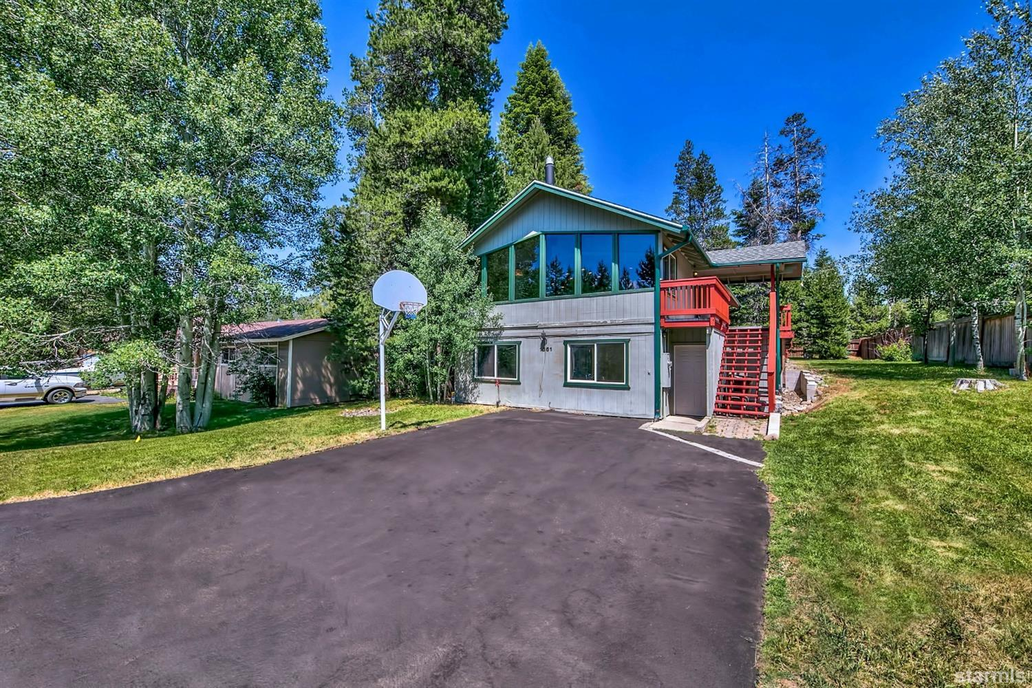 1661  Bakersfield Street, SOUTH LAKE TAHOE