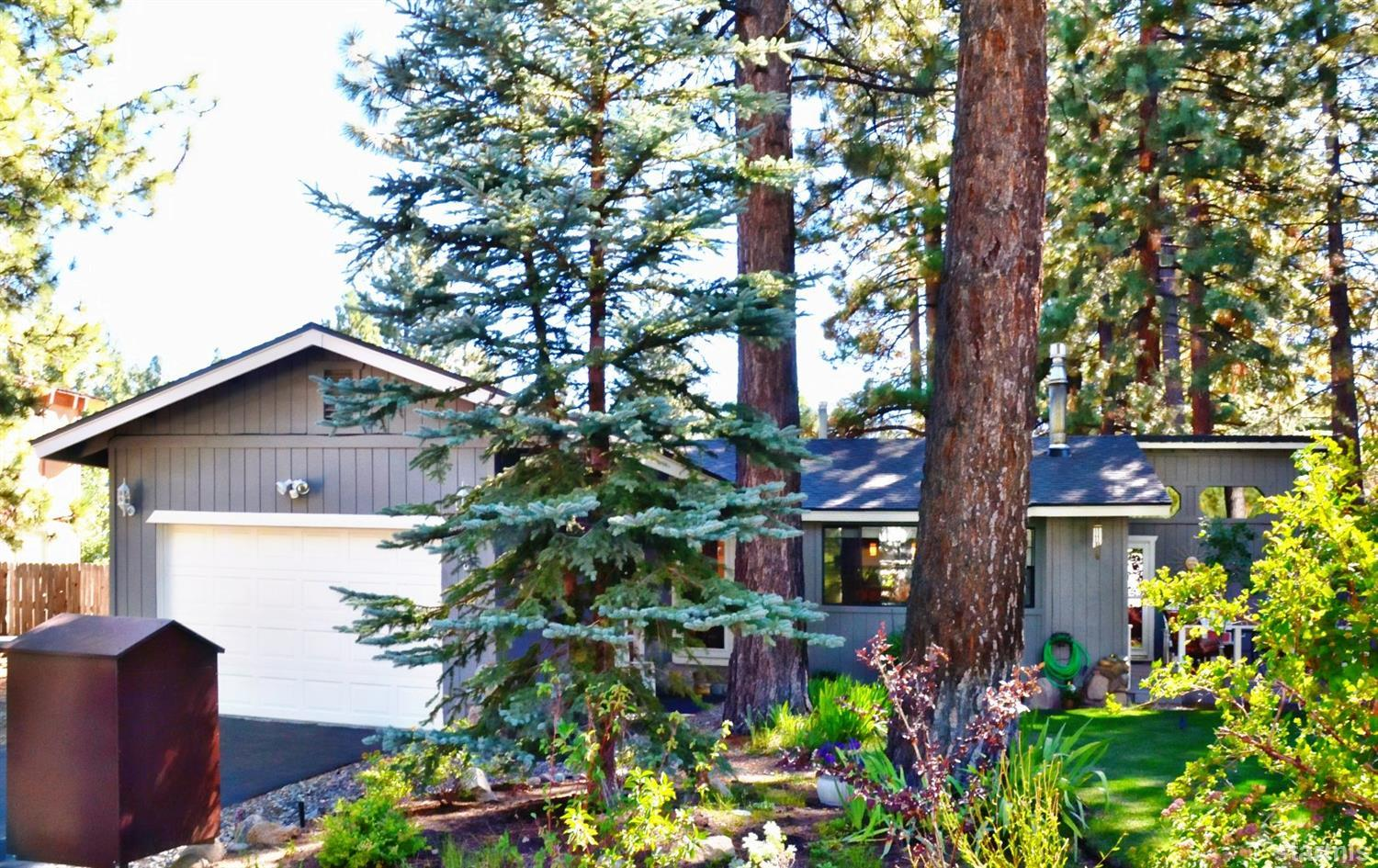 907  Sagewood Drive, SOUTH LAKE TAHOE