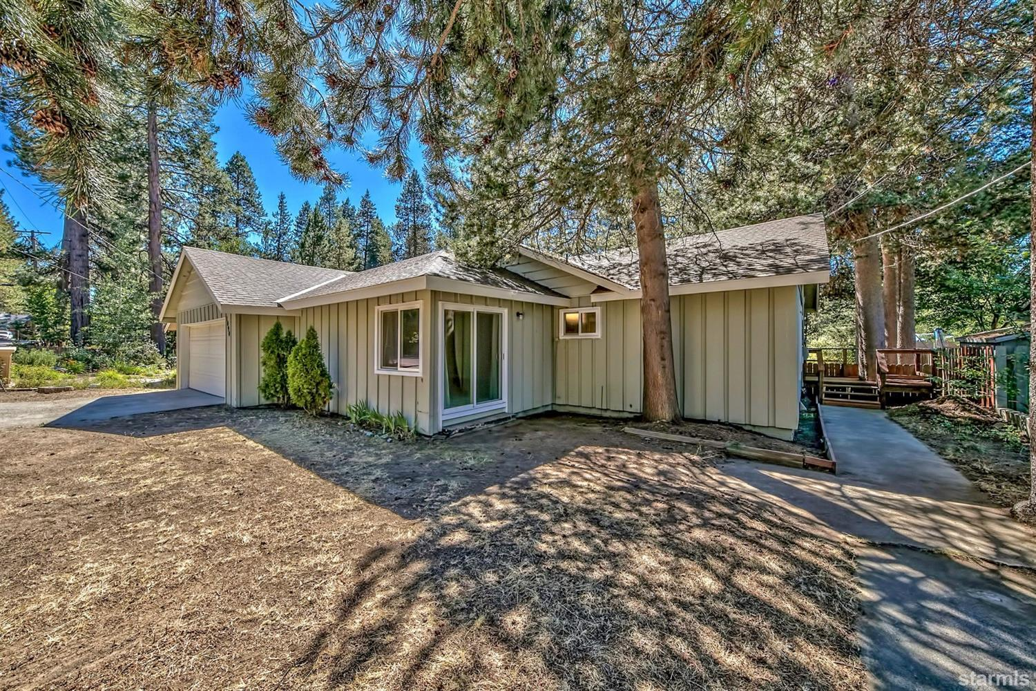 1090  Fairway Avenue, SOUTH LAKE TAHOE