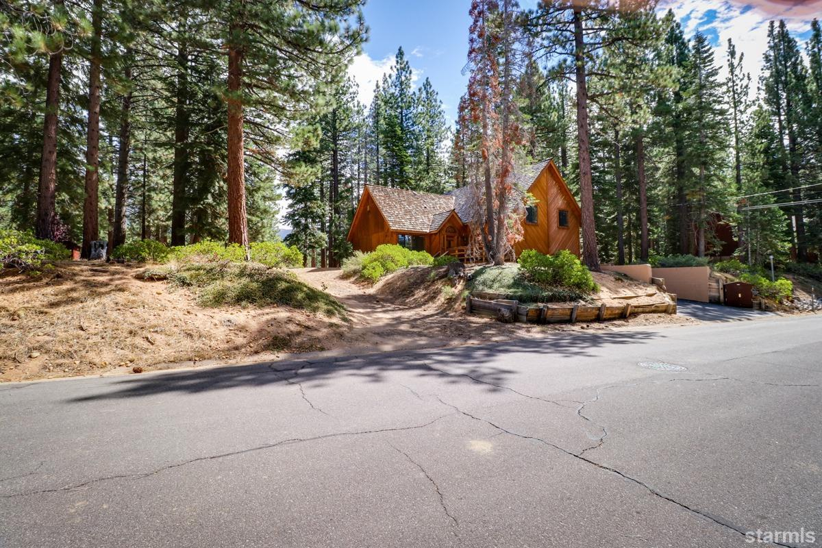 2400 Sutter Trail, SOUTH LAKE TAHOE