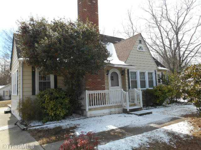 819 Old Winston, HIGH POINT, NC 27265