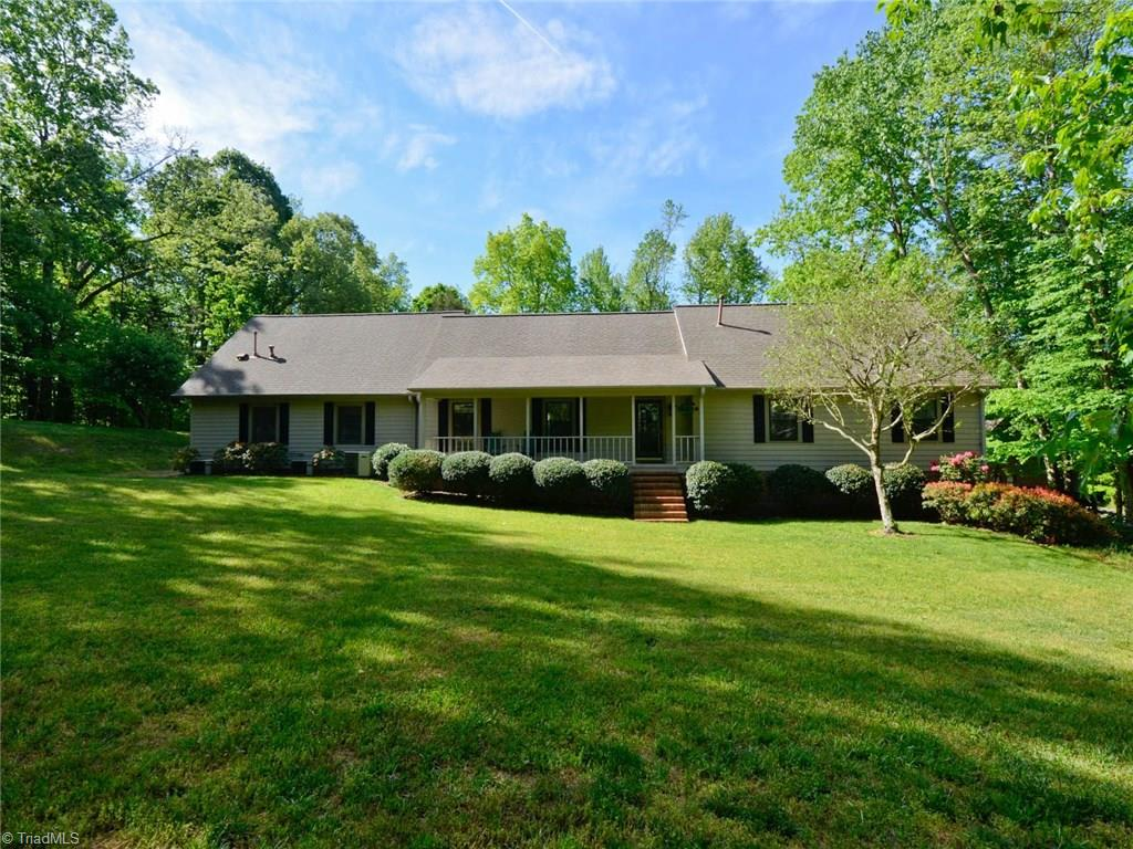 8803 Dapple Grey Road, OAK RIDGE