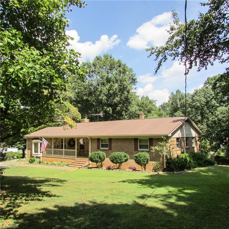 5364   Ramseur Julian Road, LIBERTY