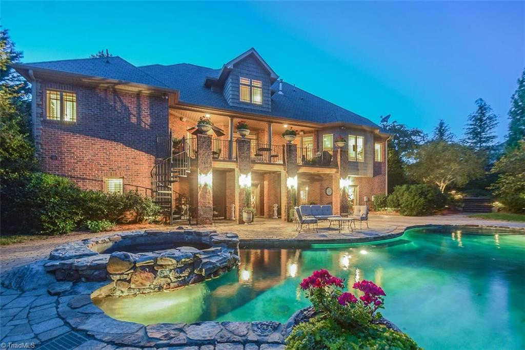 8333   Tuscany Drive, LEWISVILLE
