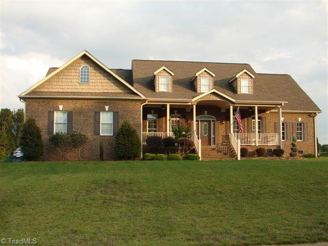 2870   Turtle Lake Bend, RANDLEMAN
