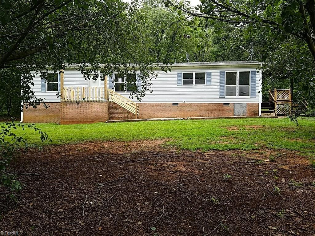 1045   Orchard View Drive, WALNUT COVE
