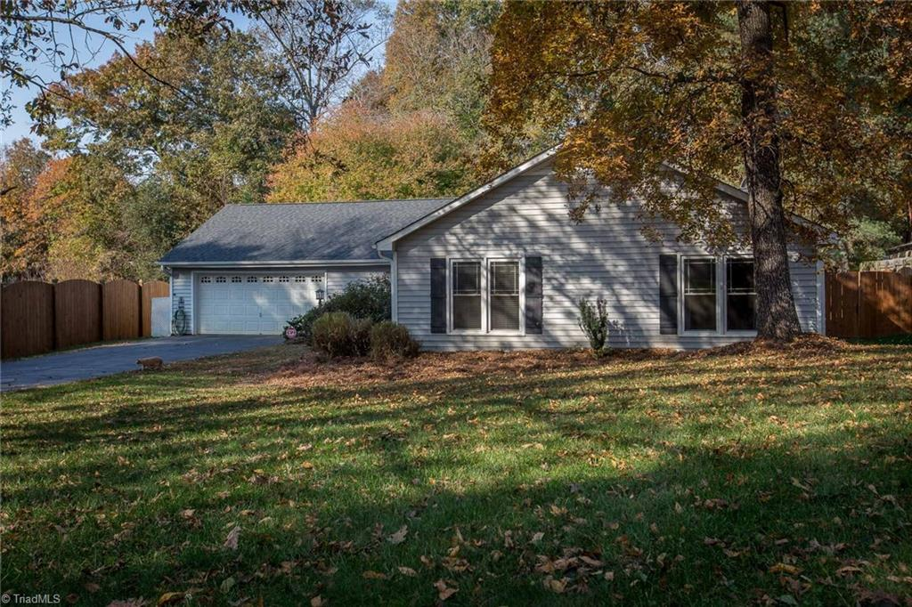270   Post Oak Road, KERNERSVILLE