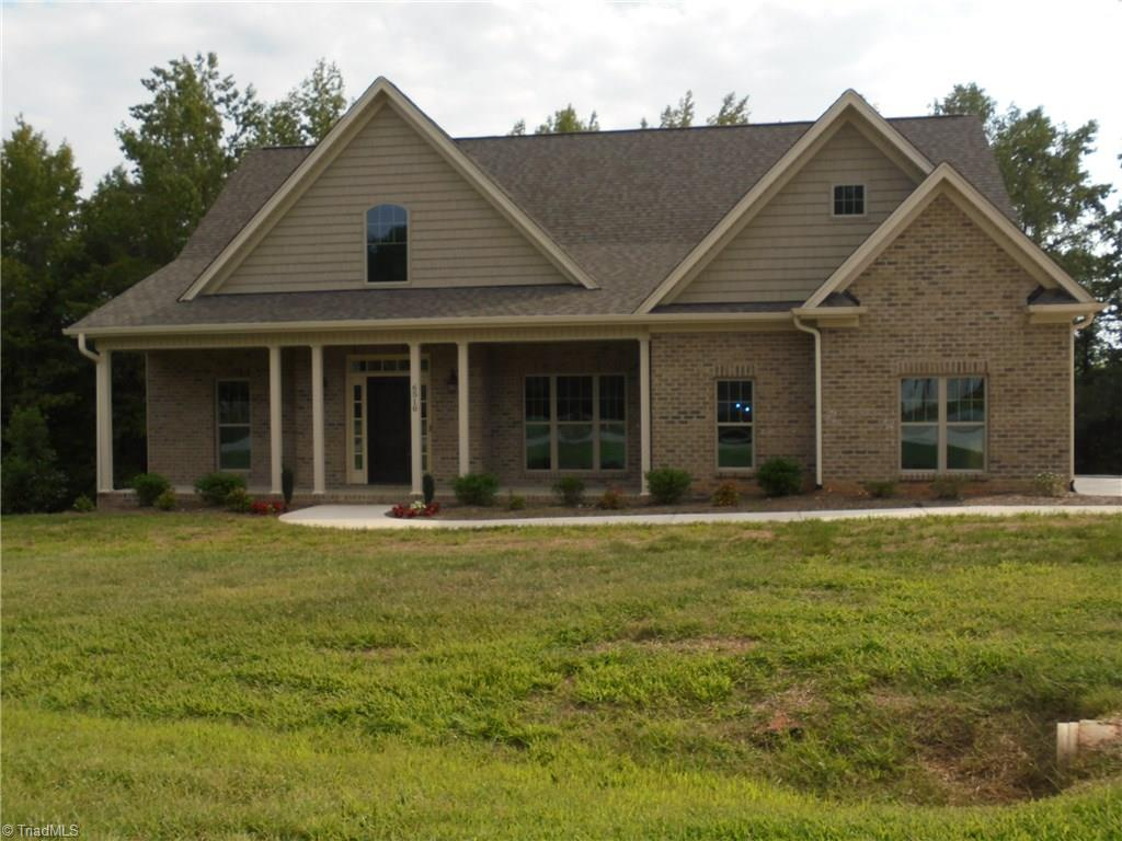 6510   Heron Point Court, BELEWS CREEK