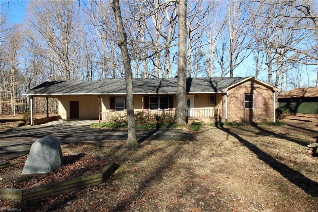 1279   Piney Grove Road, KERNERSVILLE