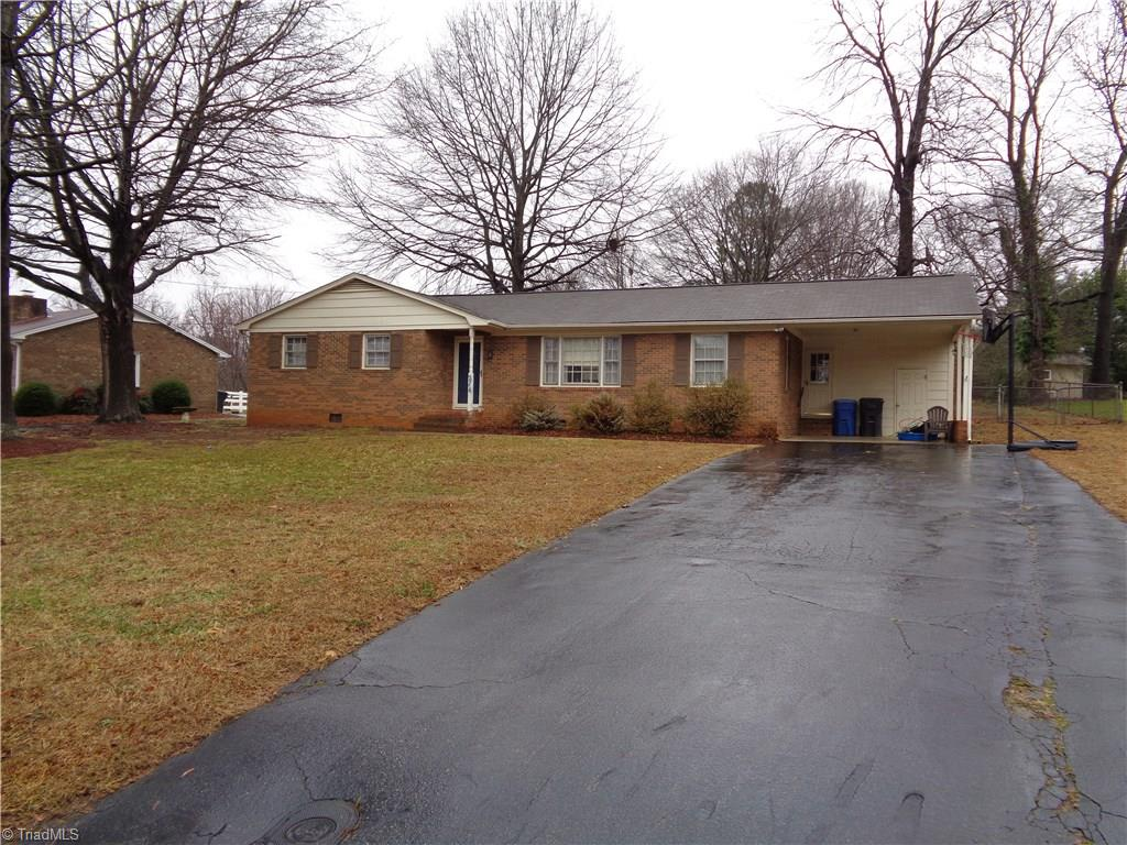 214   Beaucrest Road, KERNERSVILLE