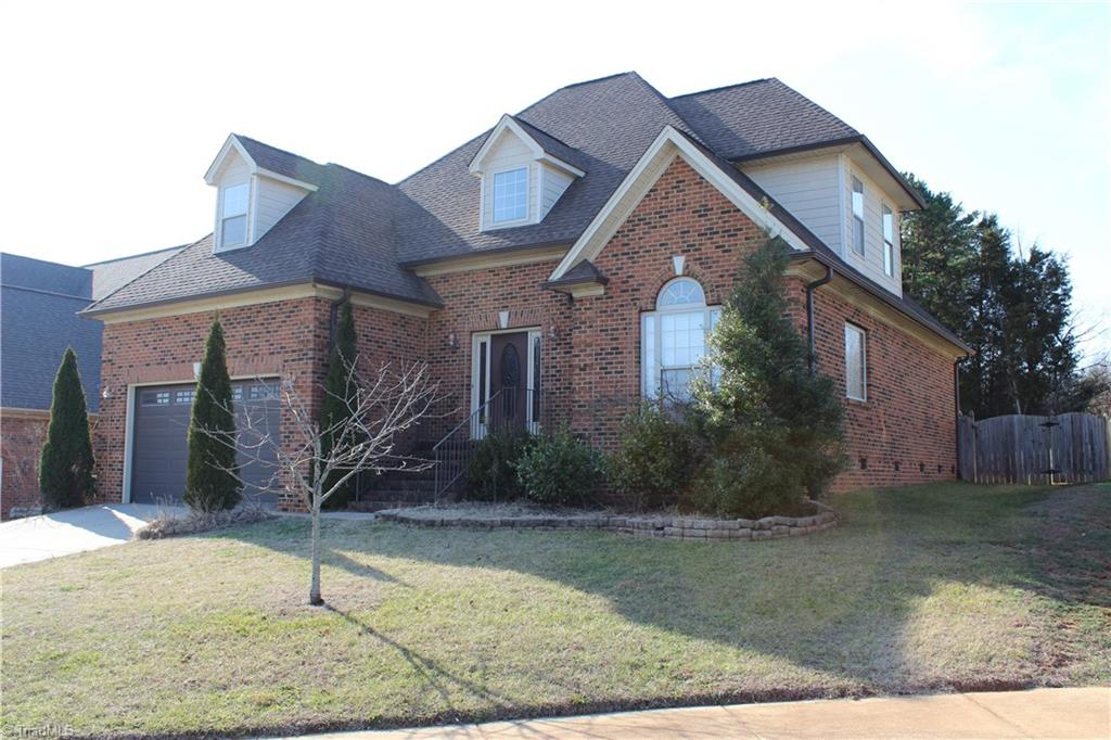 112   Fearrington Drive, KERNERSVILLE