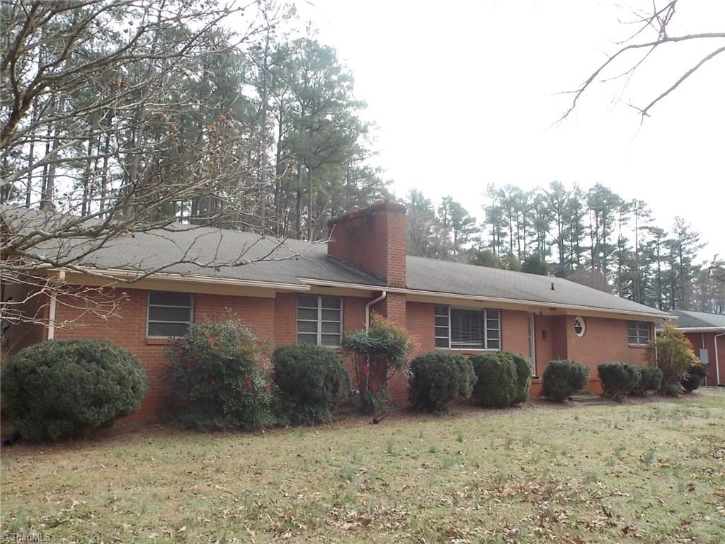 915   Fairview Drive, LEXINGTON