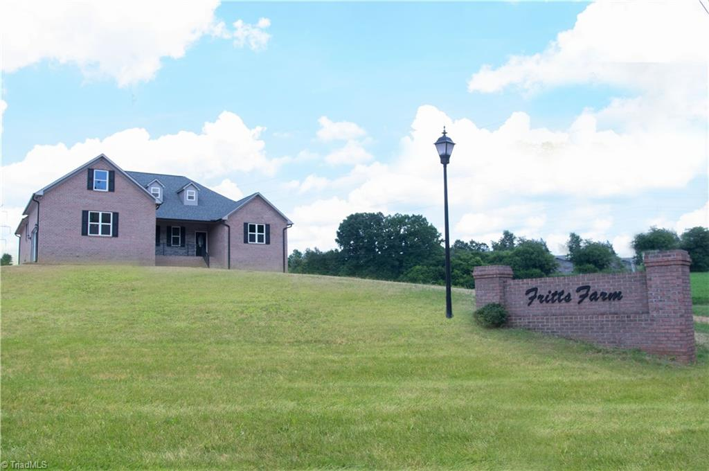 122   Fritts Farm Court, LEXINGTON