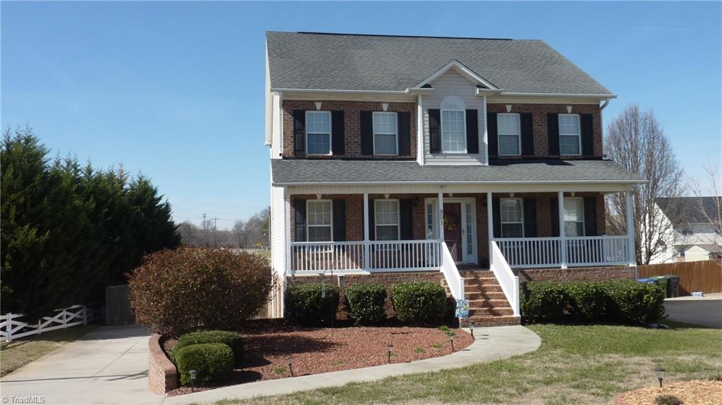 901 George Place Drive, KERNERSVILLE