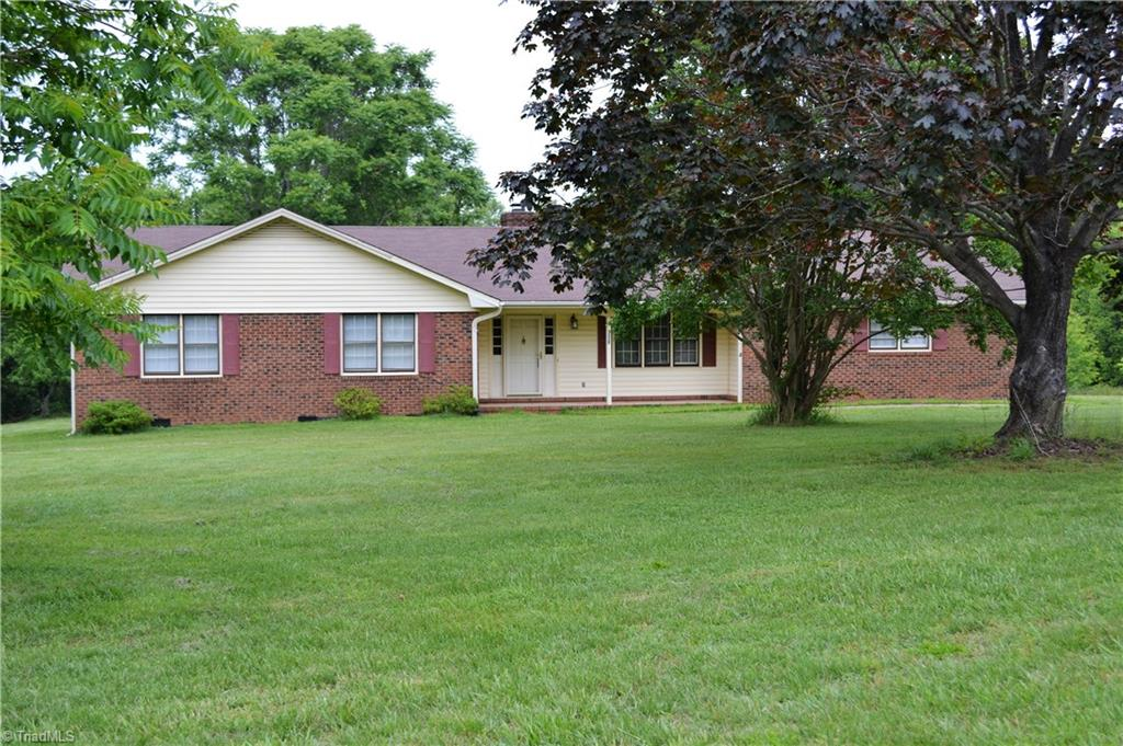 9025   Deer Hill Road, BELEWS CREEK