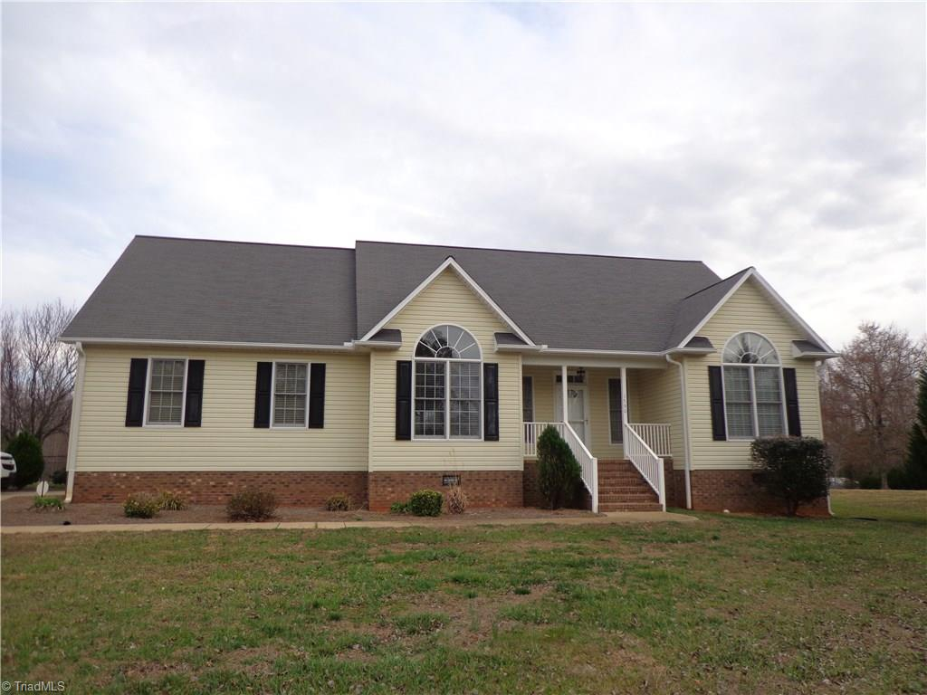 1790   New Salem Road, RANDLEMAN