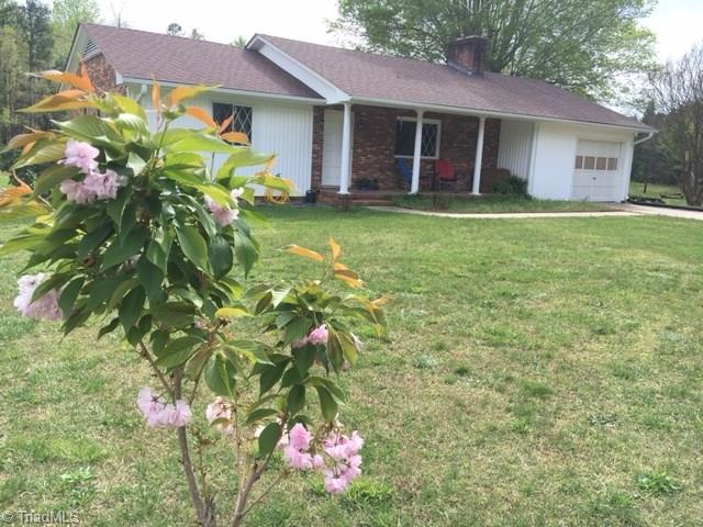 120   Willow Oak Drive, LEXINGTON