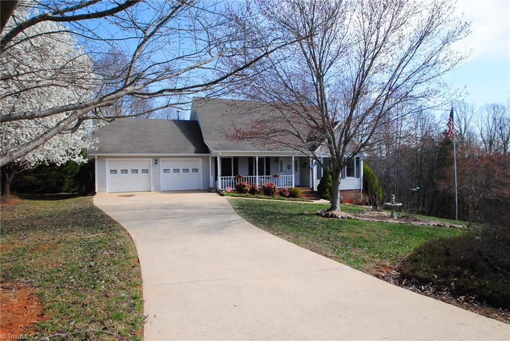 7470   Mcgee Road, RURAL HALL