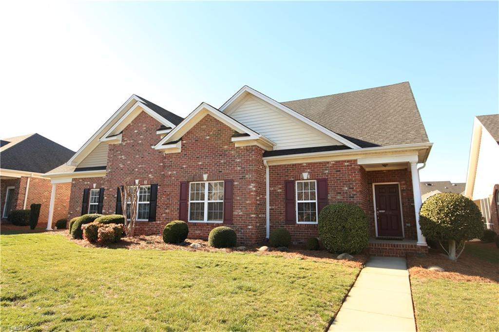 5956   Kenville Green Circle, KERNERSVILLE