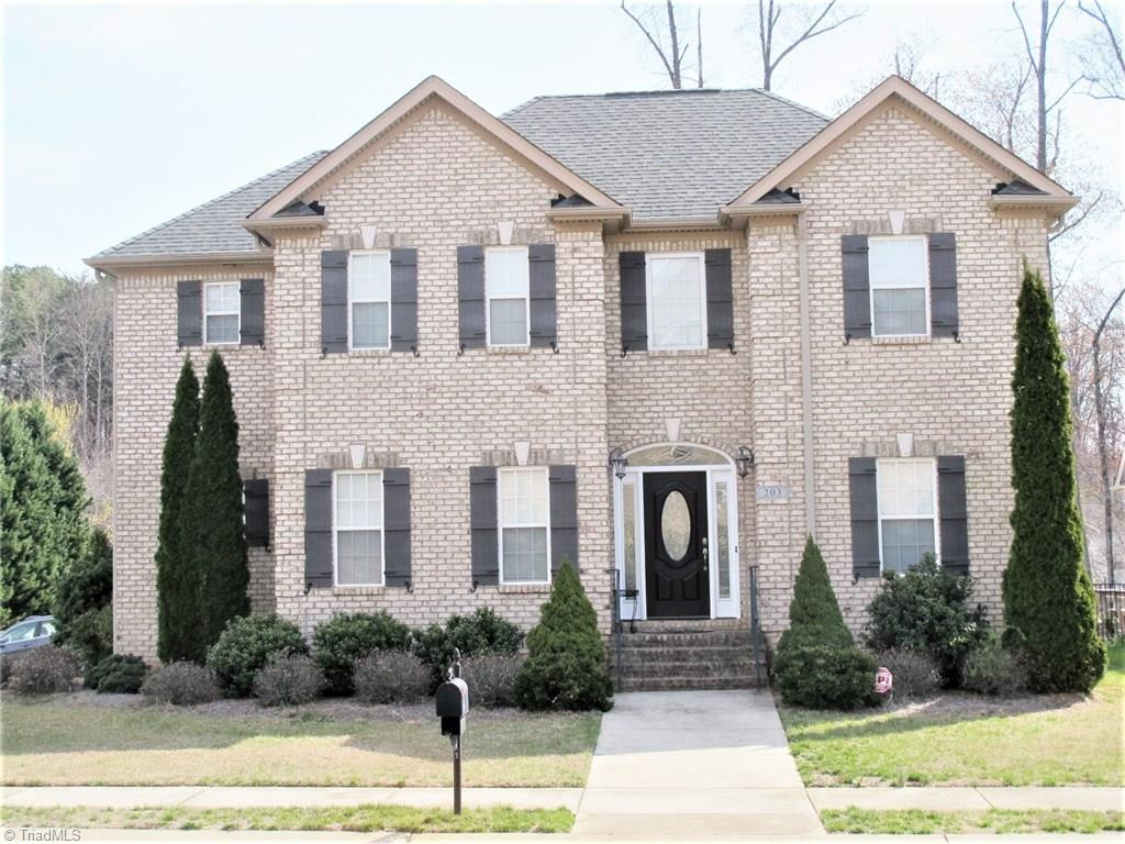 203   Fearrington Drive, KERNERSVILLE