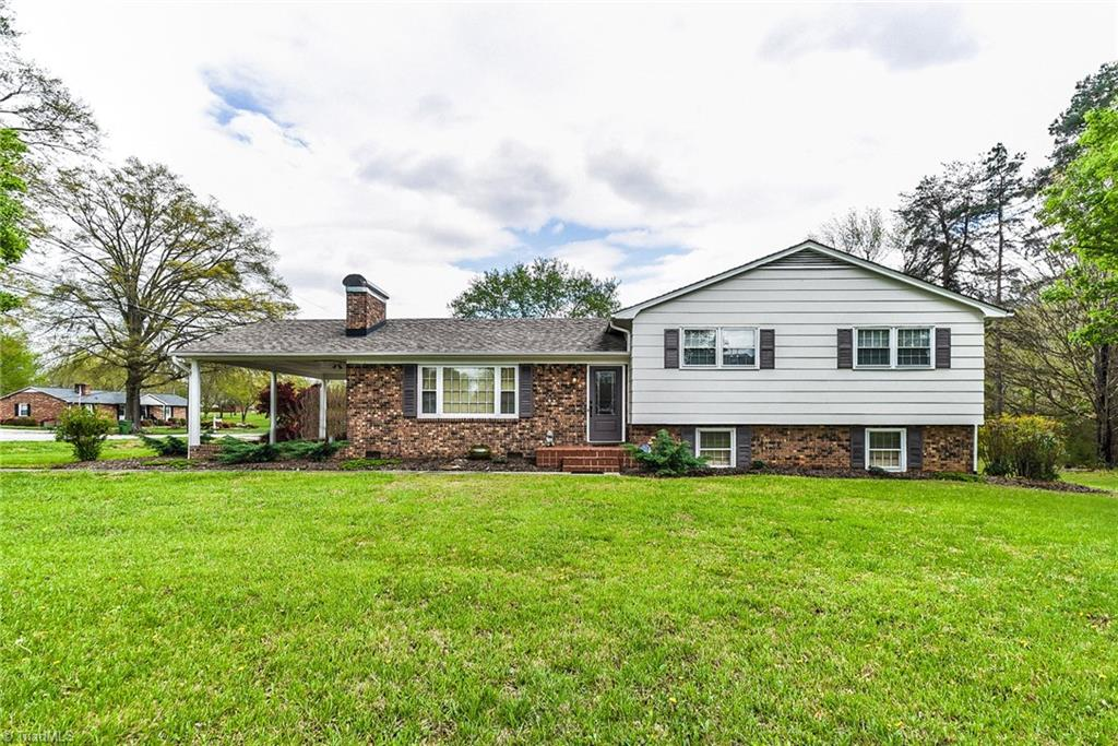 1251   Union Cross Road, KERNERSVILLE