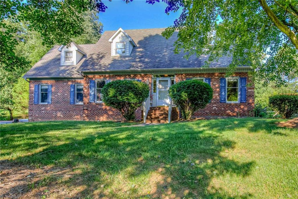 641   Doe Run Drive, KERNERSVILLE