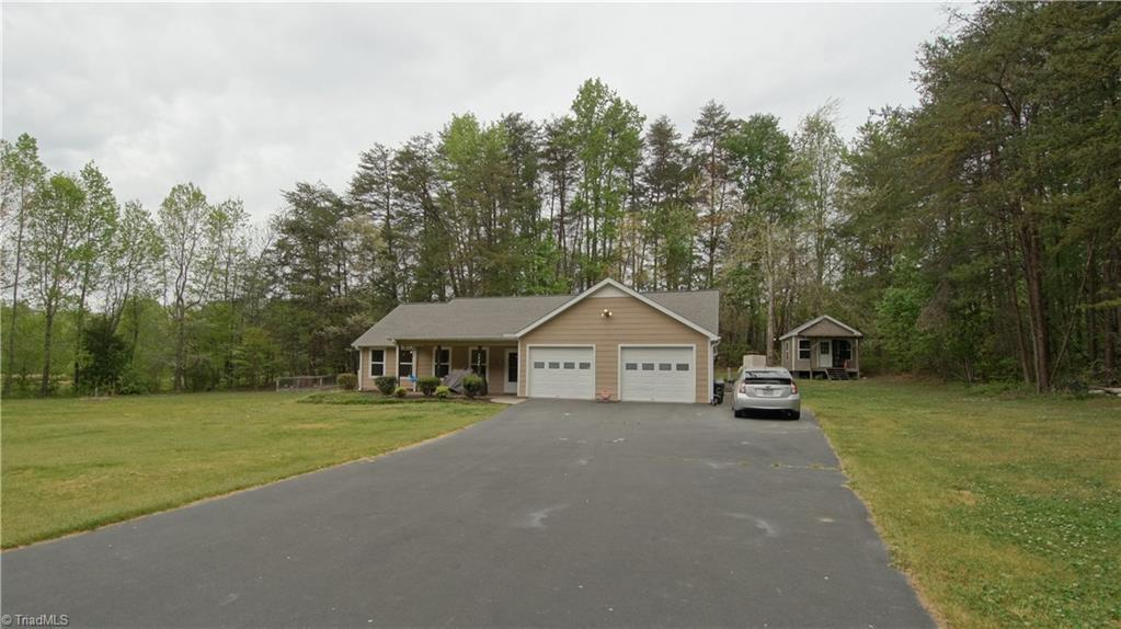 3464   Sheppard Hill Road, KERNERSVILLE