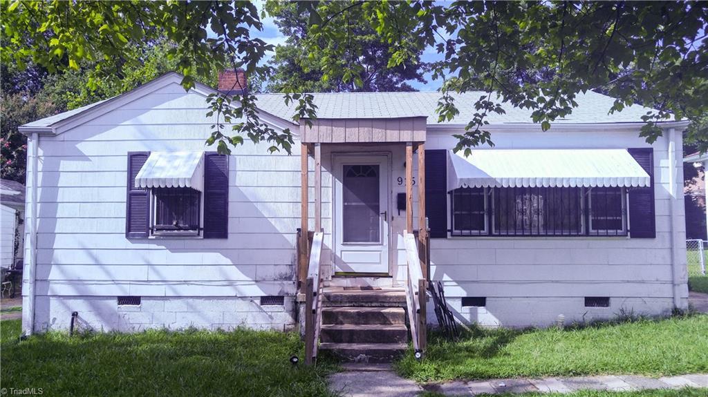 915   Ross Avenue, GREENSBORO