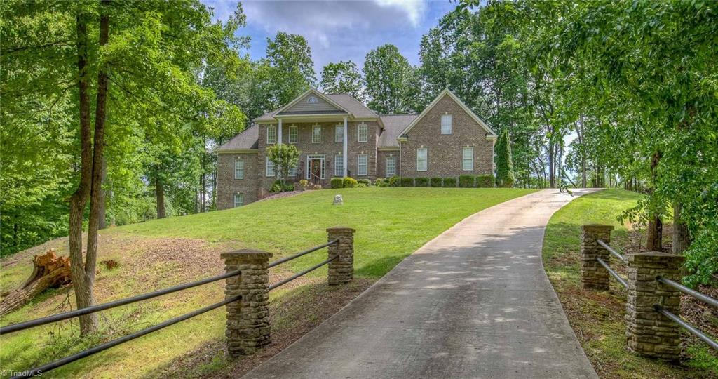 5924   Tarleton Drive, OAK RIDGE