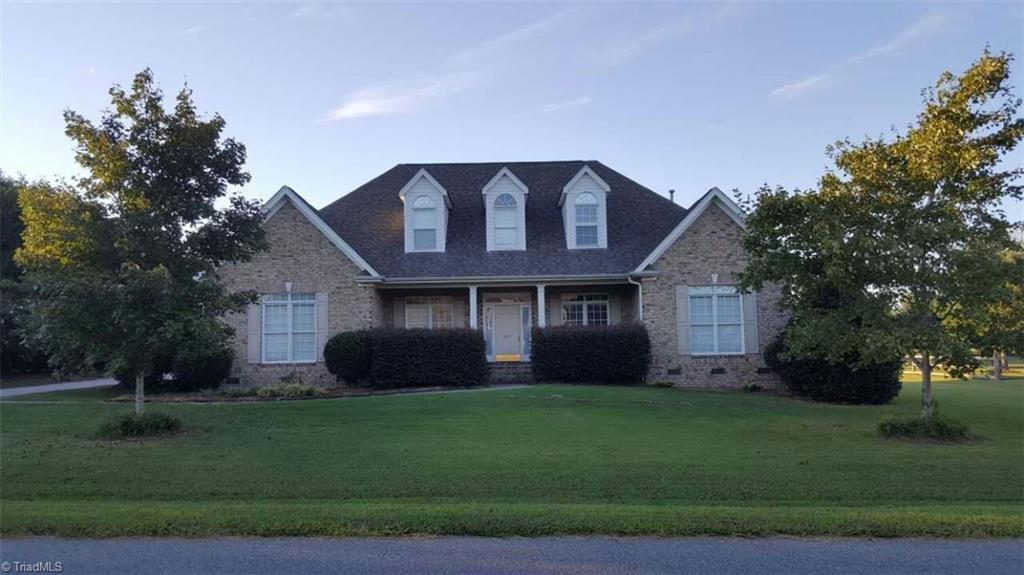 8514   Merriman Farm Road, OAK RIDGE