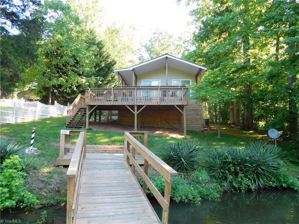 157   Hickory Point Drive, LEXINGTON