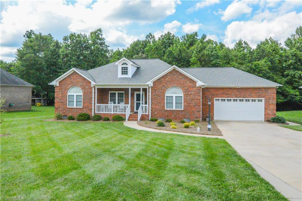 3233   Old Mountain Road, TRINITY