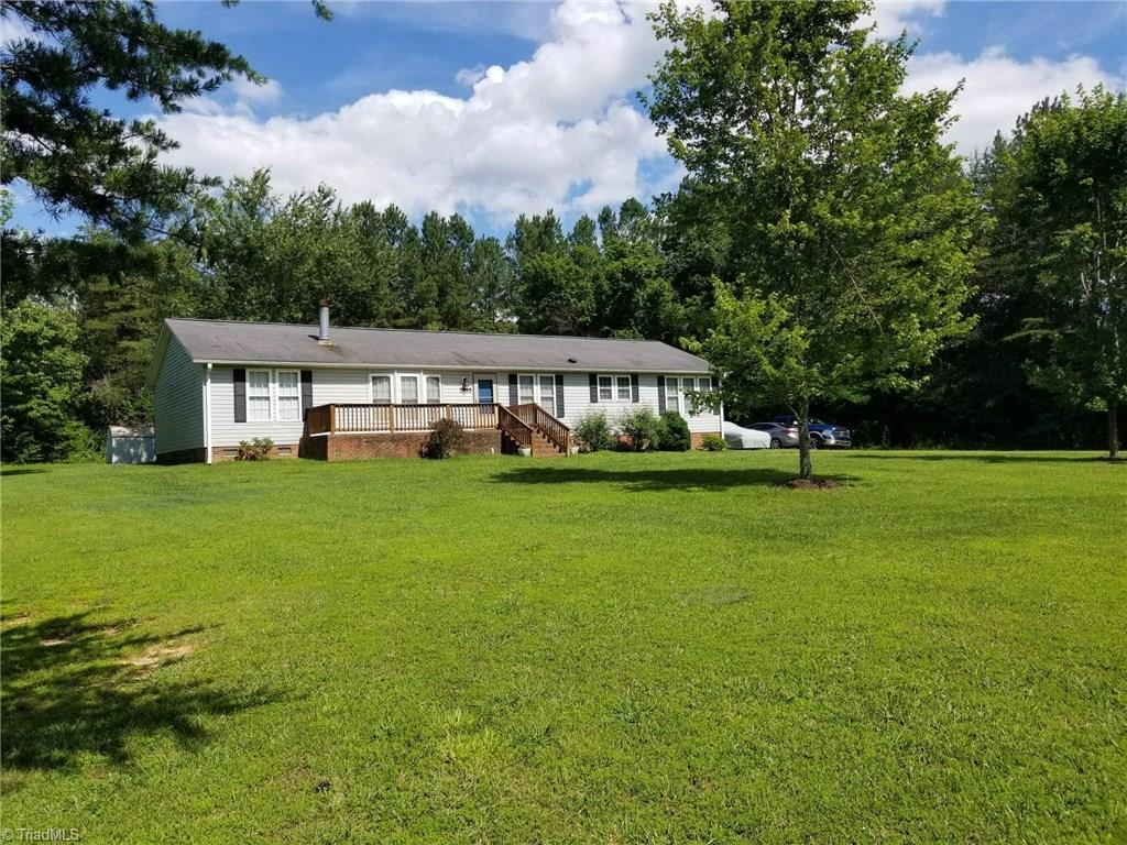 7995   Pine Hall Road, BELEWS CREEK