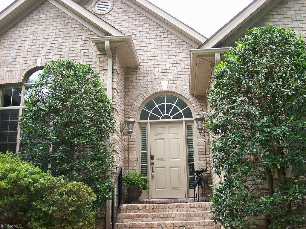 1900   Ridge Oaks Court, OAK RIDGE