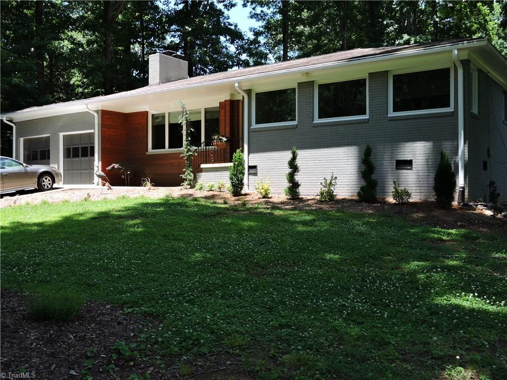 110   Woodland Drive, JAMESTOWN