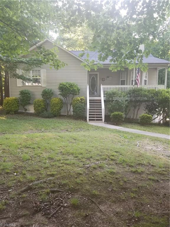 128   Meadow Wood Drive, THOMASVILLE