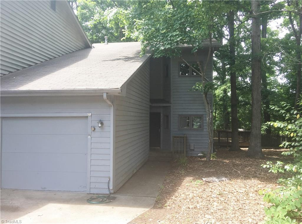 427   Chester Woods Court, HIGH POINT