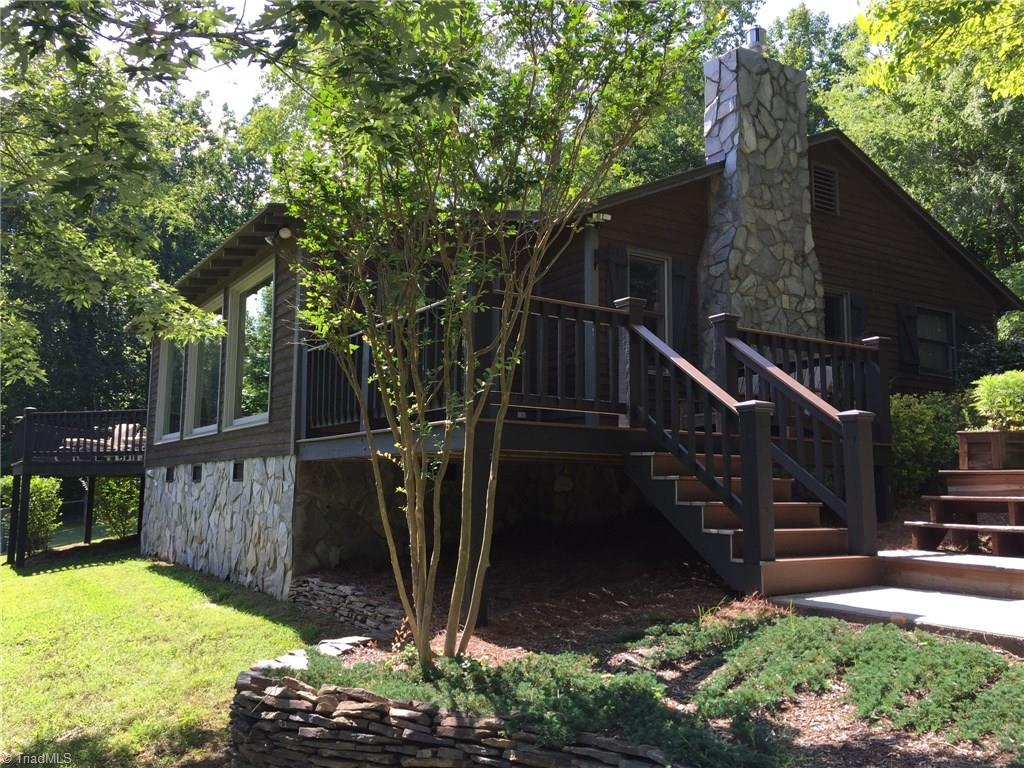 2196   Hannersville Road, LEXINGTON