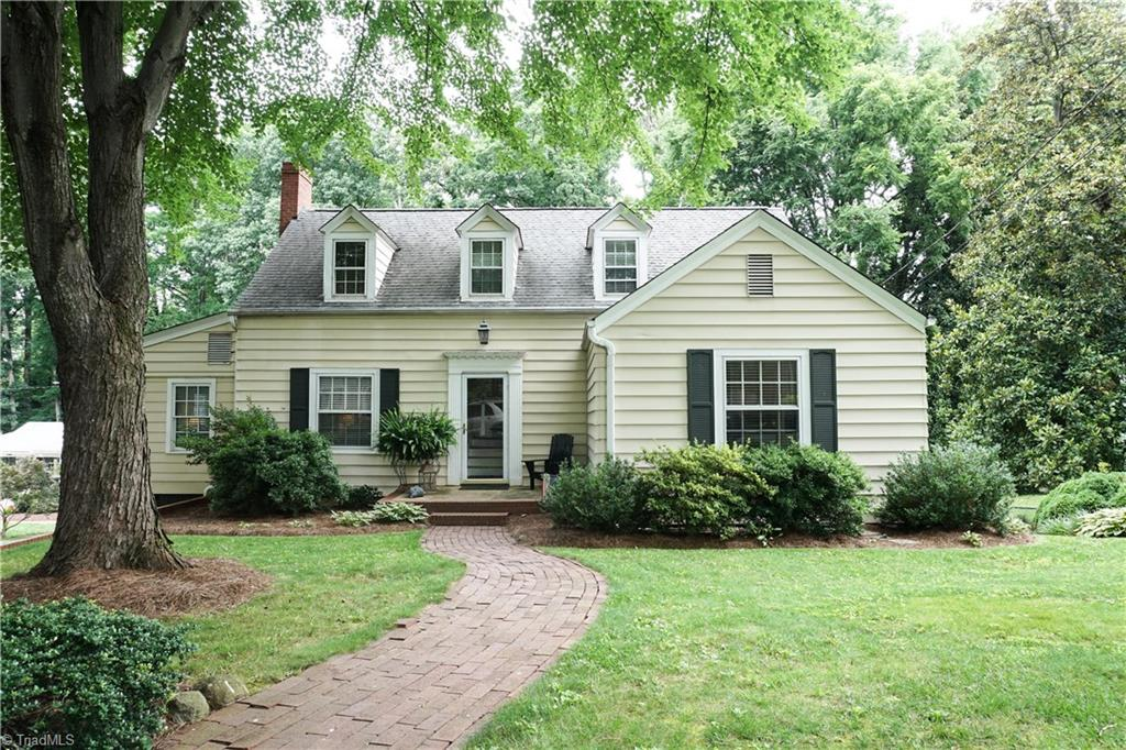 28   Williams Circle, LEXINGTON