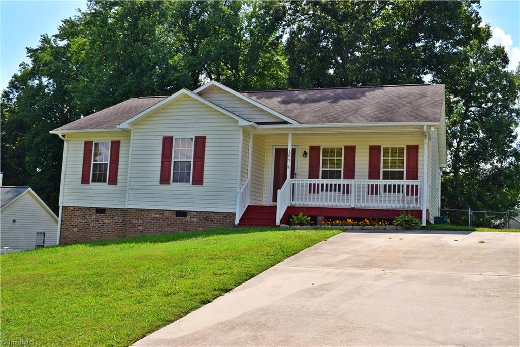 305   Red Bud Lane, THOMASVILLE