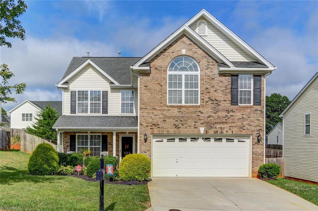 923   Peachtree Meadows Circle, KERNERSVILLE