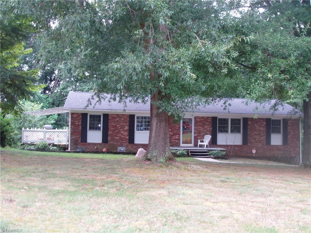 3433   Imperial Drive, HIGH POINT