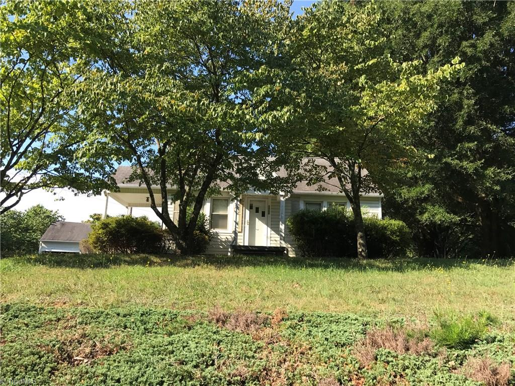 5568   Shallowford Road, LEWISVILLE