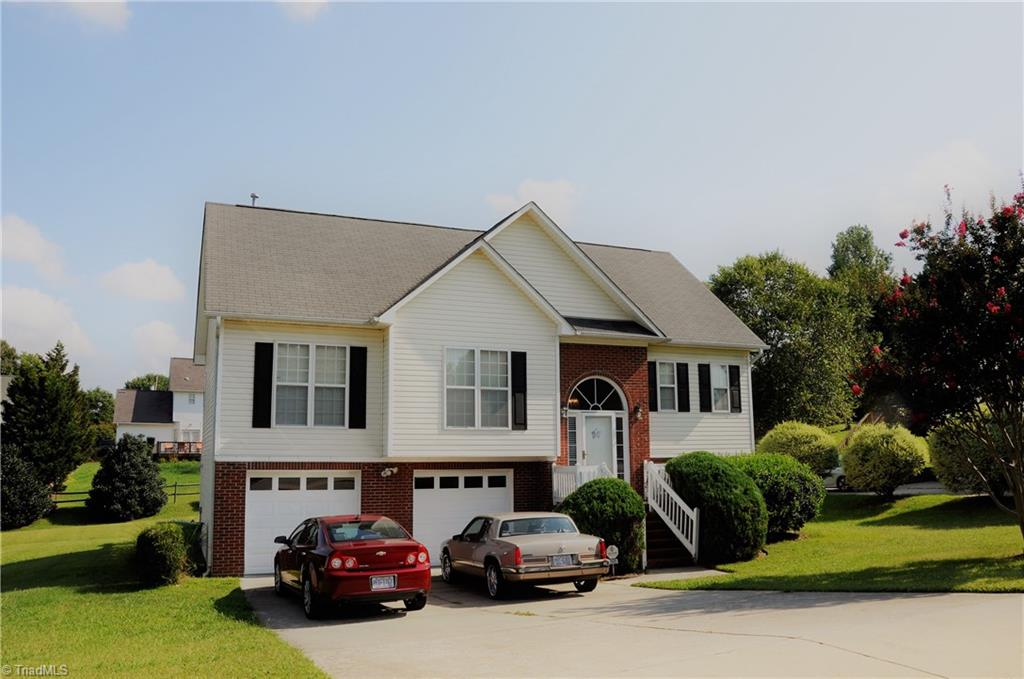 3909   Melco Court, HIGH POINT
