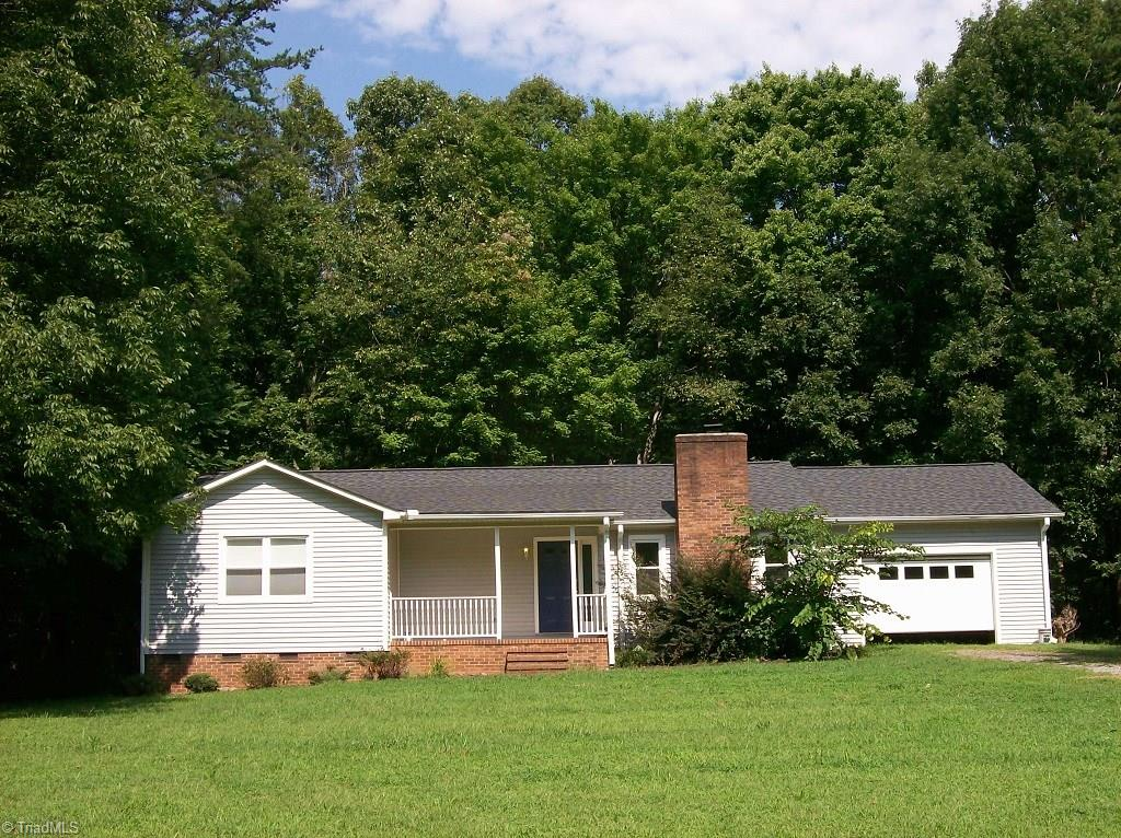 8616   Haw River Road, OAK RIDGE